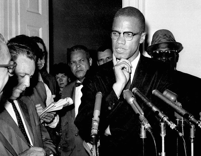 L'enquête sur l'assassinat de l'activiste afro-américain Malcolm X pourrait être réouverte, selon le bureau du procureur de Manhattan.  ASSOCIATED PRESS