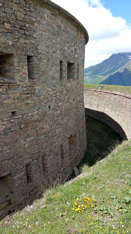 Le Sentier des 2000 et le Fort de Ronce