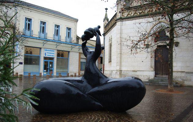 Deux sculptures de Jean-Louis Toutain à Valence d'Agen