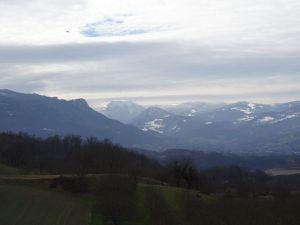 Roc de Toulau vu depuis St André en Royans, et le village