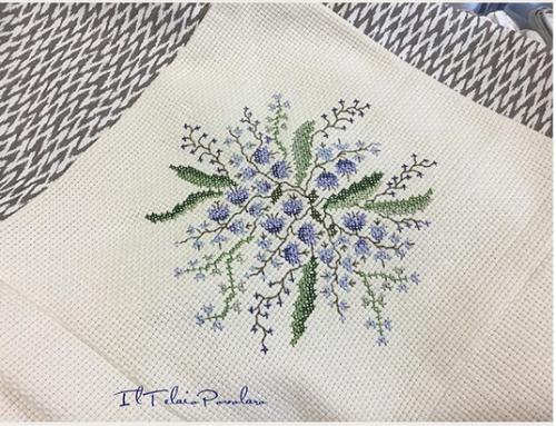 Un'aidona 24 quadretti ed un fiore di #RenatoParolin ... per un quilt