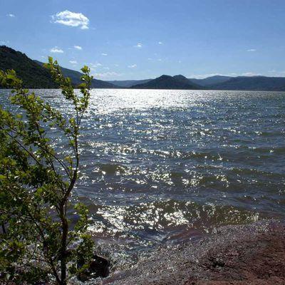 Photo-reportage sur le Circuit du lac du Salagou