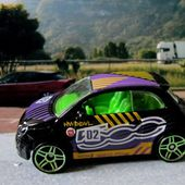 FIAT 500 HOT WHEELS 1/64 - car-collector.net