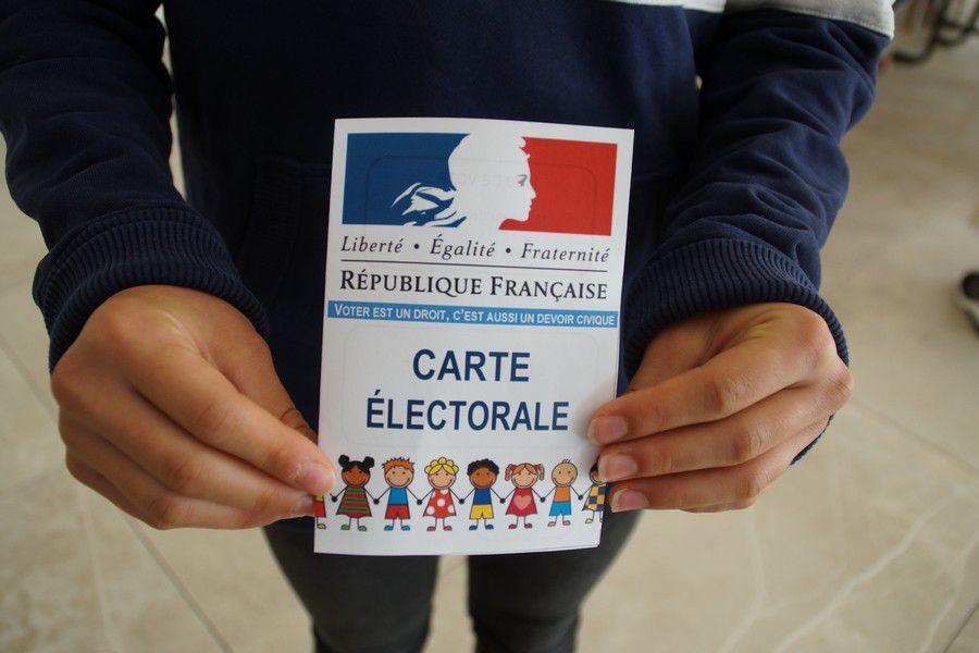 La carte d'électeur dont chaque votant était muni.