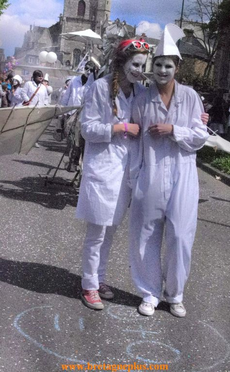 Ce dimanche 28 avril, le comité des carnavaliers de Ploërmel, organisaient le 87ème carnaval.