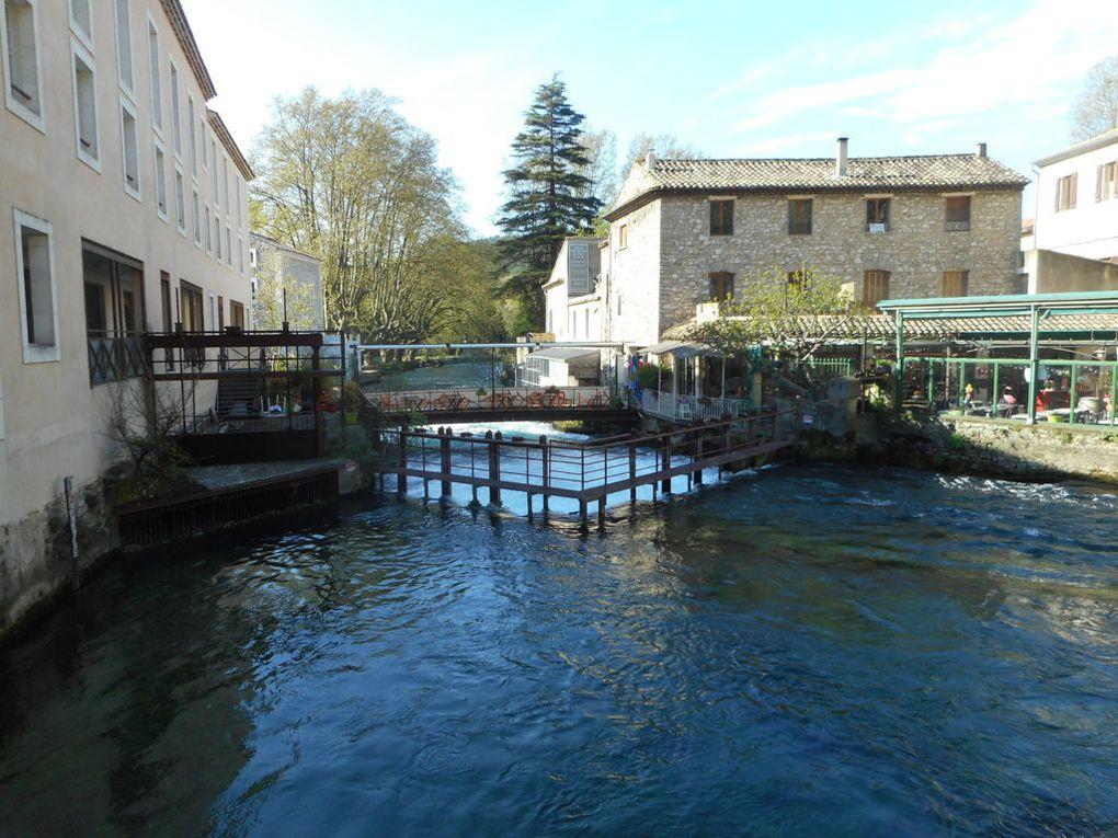 Autour de la Fontaine du Vaucluse Avril 2017