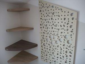 Installation de tout le mobilier de la maison du Lac de Saint Cassien. Chantier en cours de finition.