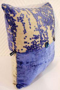 Coussin bimatière en bleu et gris