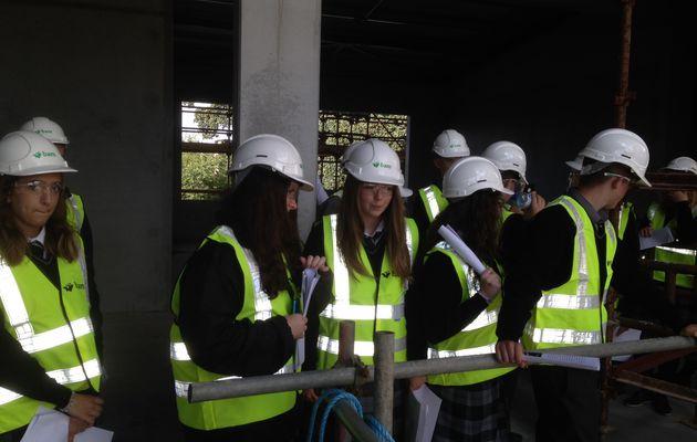Building the future in Dundalk /.../ On construit l'avenir à Dundalk