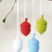 New Free Crochet Pattern: Perfect Acorns