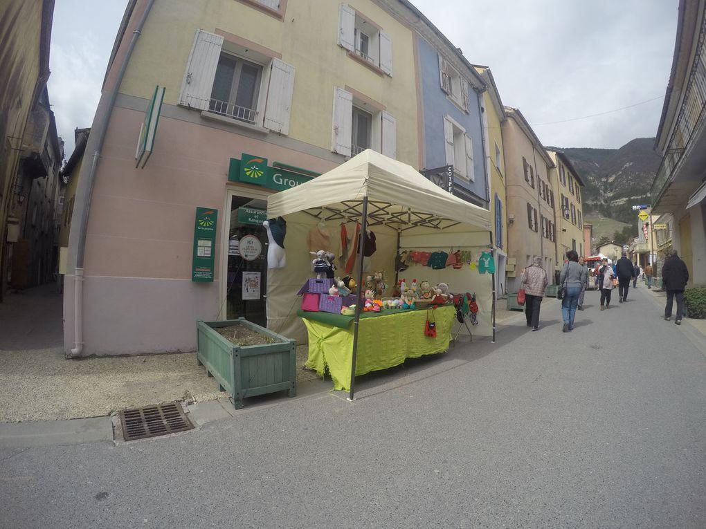 Saint André les Alpes le marché de Pâques