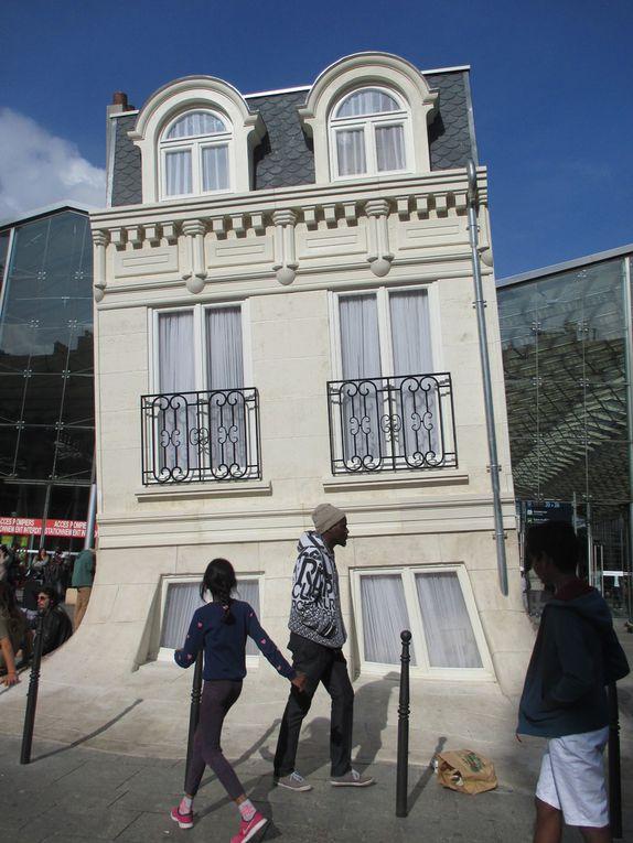 Maison Fond de Leandro Erlich