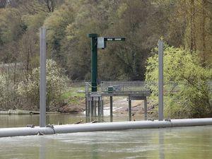 Vue de notre grue et de la descente de mise à l'eau