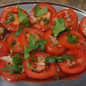 Salade de tomates avec vinaigrette au gingembre frais - Recettes de Papounet