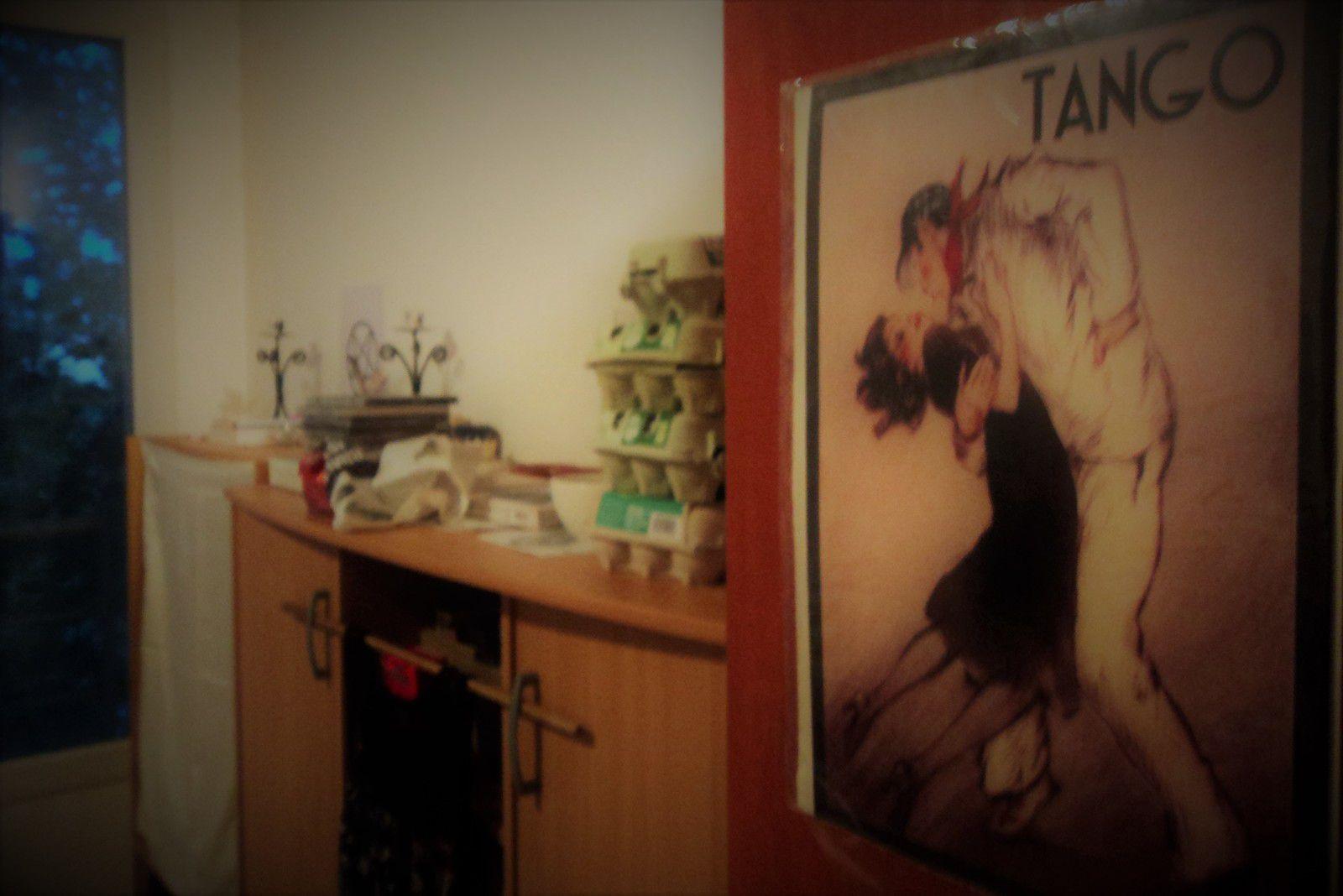 mon premier cours de tango argentin, premier pas de tanguero vers la femme, anecdote histoire témoignage d'un homme qui s'est transformé en tanguera. De la violence à la paix intérieure, la Foi en Dieu