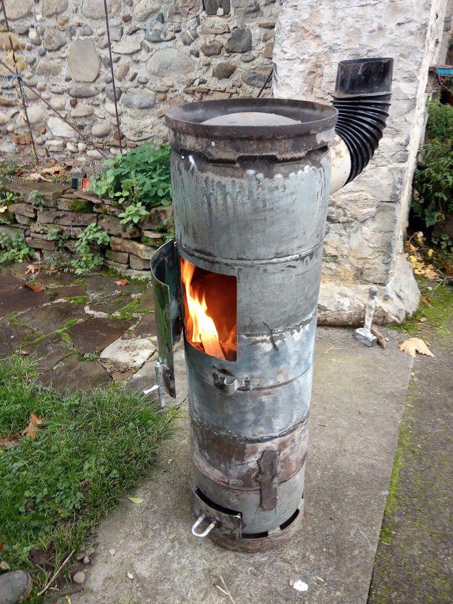 premiers essais avant peinture et il chauffe du feu de l'enfer.. :)