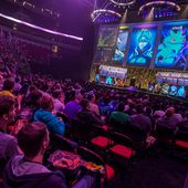 Esports Set Video Gamers Fighting for Real Money in Virtual Contests