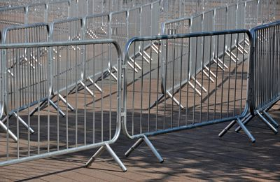 Choosing the Right Equipment for Crowd Control at Your Venue