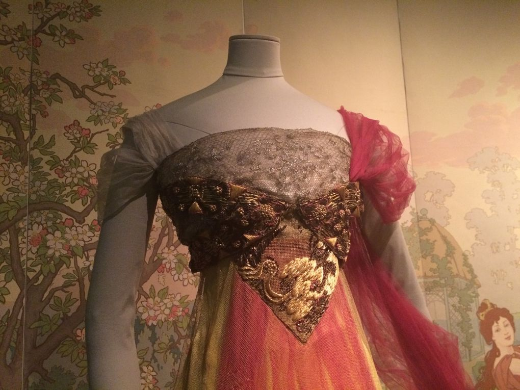 Worth, Doucet, Dior, Courrèges, Mugler, Galliano, Louis Vuitton