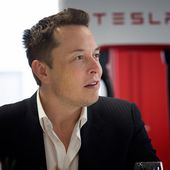 Tesla's Elon Musk Lights Up Social Media With A TED Style Keynote - OOKAWA Corp.