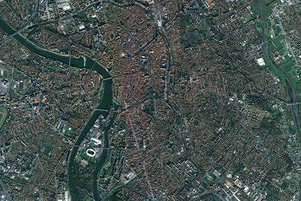 De Spot 1 à Pléiades : 25 ans de développement de la ville de Toulouse à travers le regard des satellites