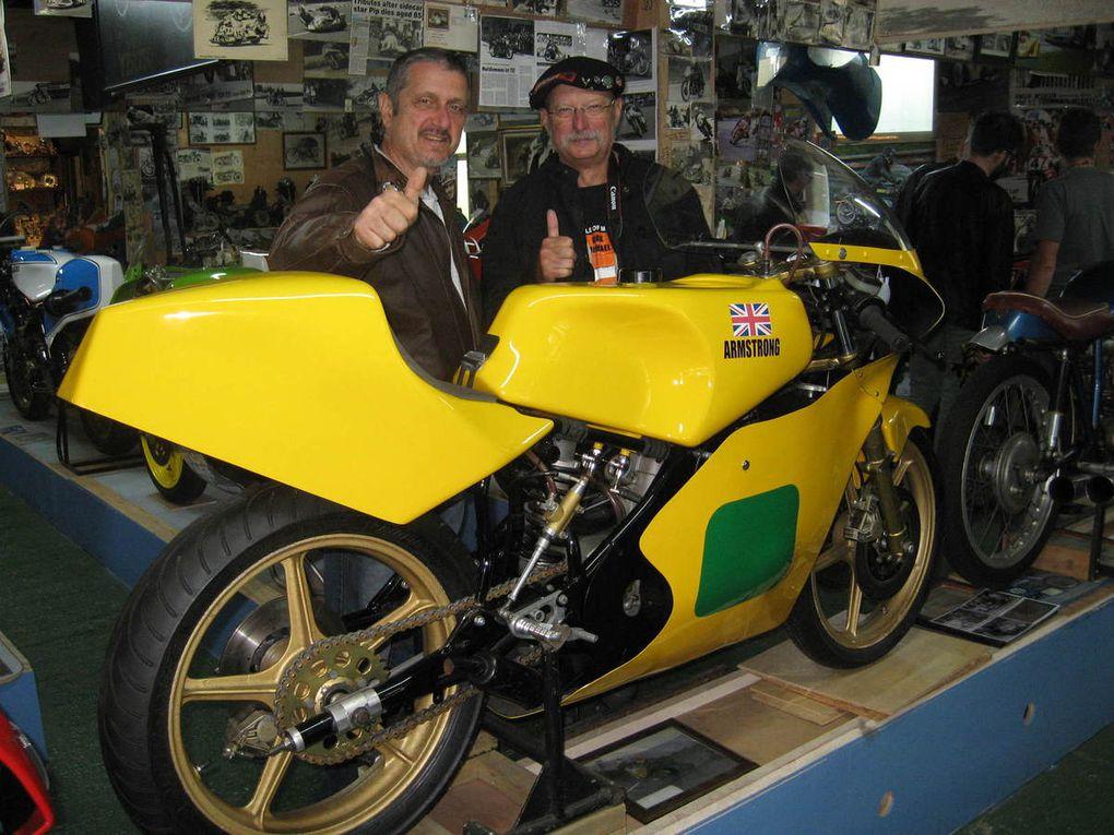 Sur le Circuit du TT... Tynwald, Peel, St Adamnas, Laxey, Ramsey...