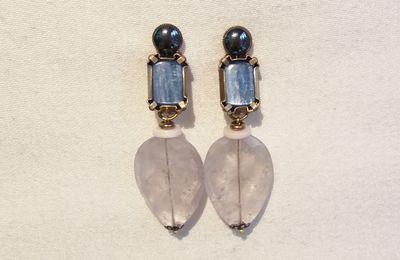 """Boucles d'oreilles clips en pierres et matière naturelle nommées : """"CONSTANCE"""". Bijou de créateur. Paris."""