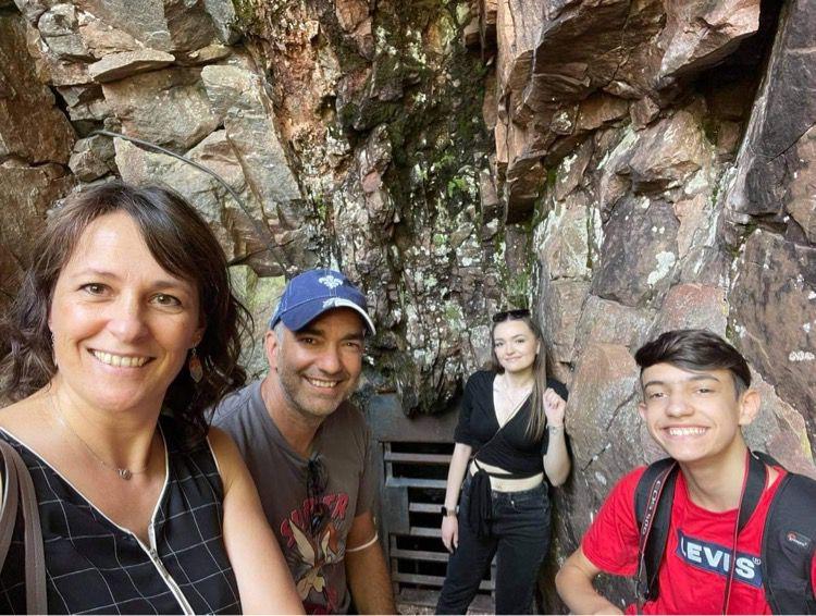Parc de la caverne du trou de la fée