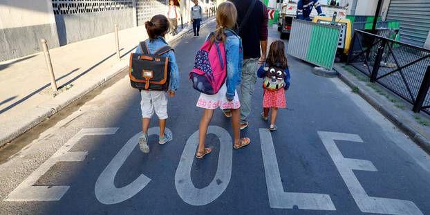Covid : un risque de contaminations plus élevé à l'école que dans un lieu culturel ?