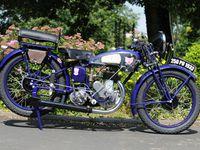 moto-legende chez raymond
