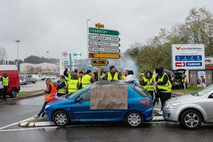 Gilets jaunes : qui était Chantal, morte écrasée sur un barrage