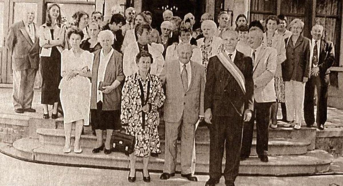 Les Noces d'Or des époux Trachez - Claeys se sont déroulées à la Mairie d'Halluin, en 1997.