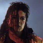 """""""Michael Jackson trouvait un nouveau petit garçon tous les 12 mois"""", les témoignages insoutenables révélés dans un documentaire qui crée le scandale - Gala"""