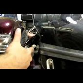 National Cycle VStream Special Edition (SE) Windscreen with Rainzip - Honda Goldwing Install Video