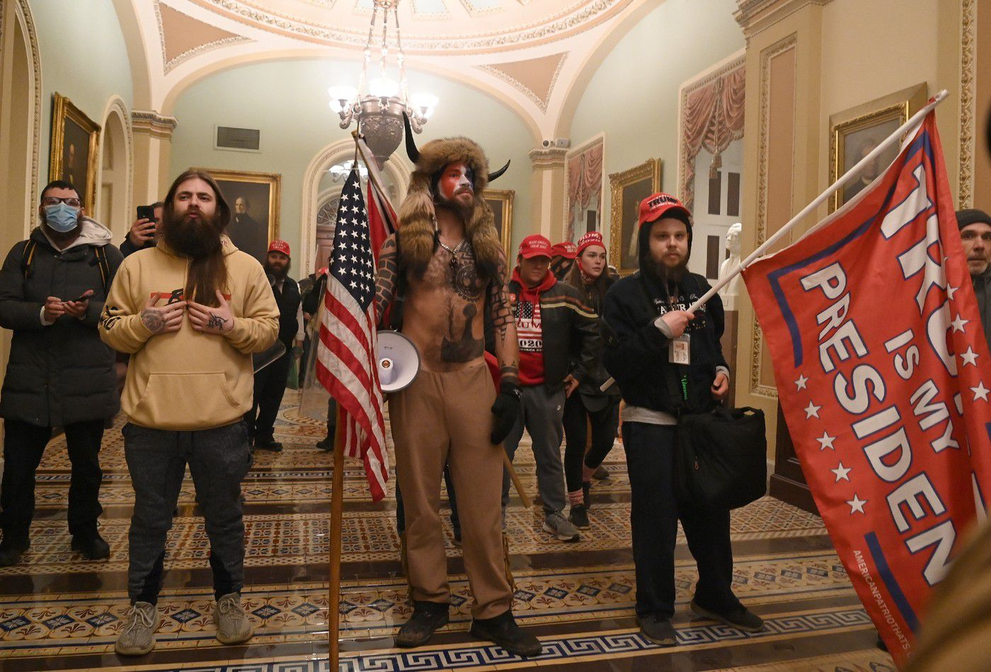 Des partisans de Donald Trump ont envahi le Capitole, à Washington, le 6 janvier 2021 / AFP