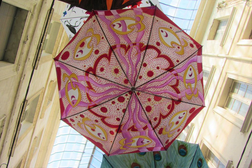 Et s'il pleut, sortez vos plus beaux parapluies, comme à Carpentras...
