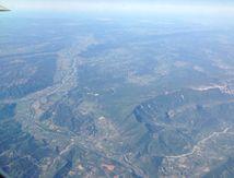 Vol par delà les Alpes du sud