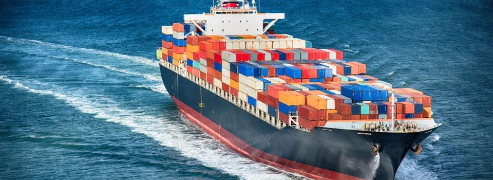 3 Crucial Factors for Considering Air Freight vs. Ocean Freight
