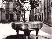 CÉRET (la fontaine des neuf jets)