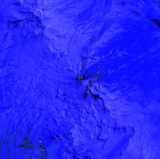 Nevados de Chillan - anomalie thermique dans le cratère - image Sentinel -2 bands 12,11,8A 15.09.2021 / 14h37  via Mounts project