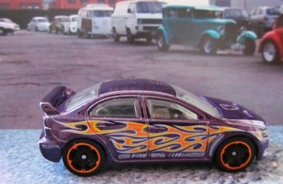 MITSUBISHI 2008 LANCER EVOLUTION HOT WHEELS 1/64 MITSUBISHI EVO 2008