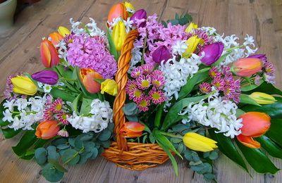 Karangan Bunga Untuk Merayakan Bulan Piknik Nasional