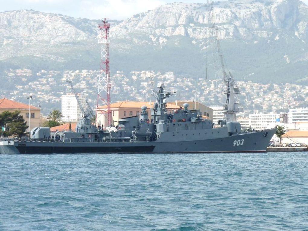 RAÏS KORFO  903 , frégate de la marine Algérienne ,à Toulon le 30 mars 2011