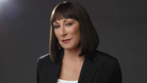 Huston Anjelica