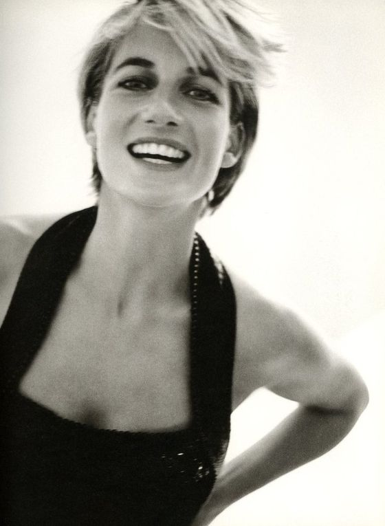 Les magazines: Vanity Fair séance photos avec Mario Testino (1997)