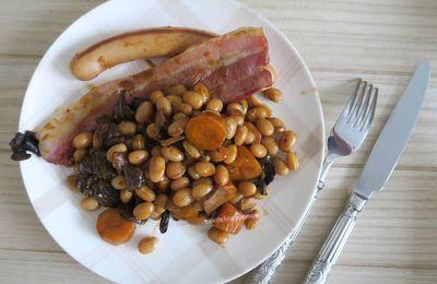 Haricots coco à la poitrine fumée, carottes et champignons forestiers, au Cookéo ou pas.