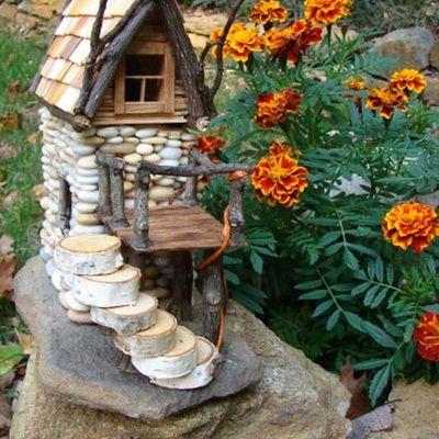 Fée de jardin...maison