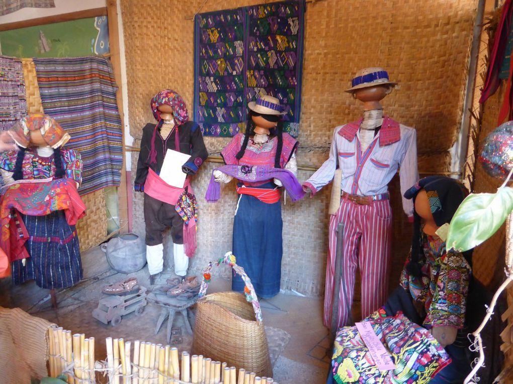 Les textiles mayas ...