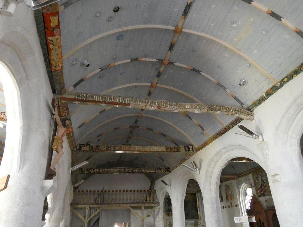 Treflevenez et les trésors de  l'église Saint Pierre
