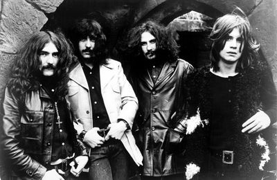 BLACK SABBATH : Fairies wear Boots (Paranoid, 1971)